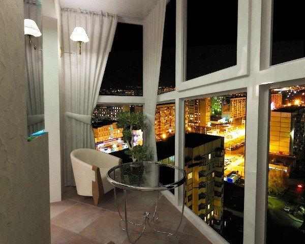 Окно в пол на балкон теплое