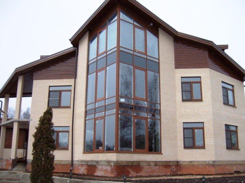 Большие пластиковые окна для загородного дома