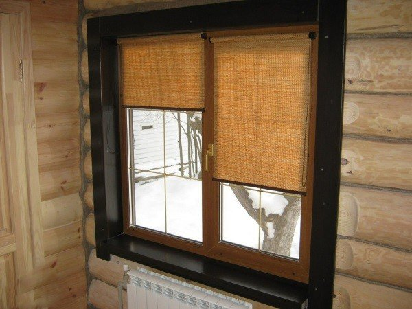 Купить рольшторы для деревянных окон