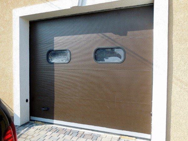 Окна для секционных ворот