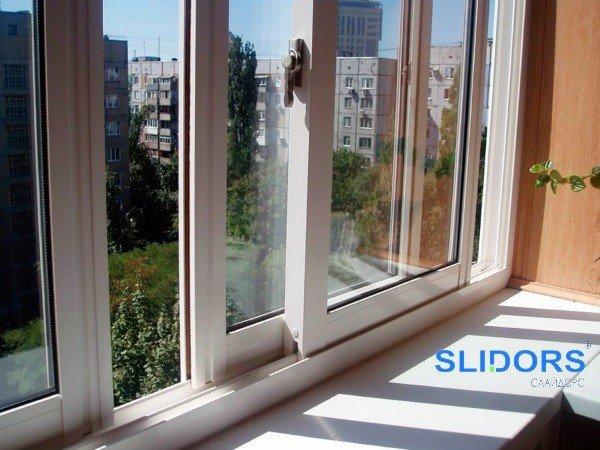 Остекление балкона Слайдорс