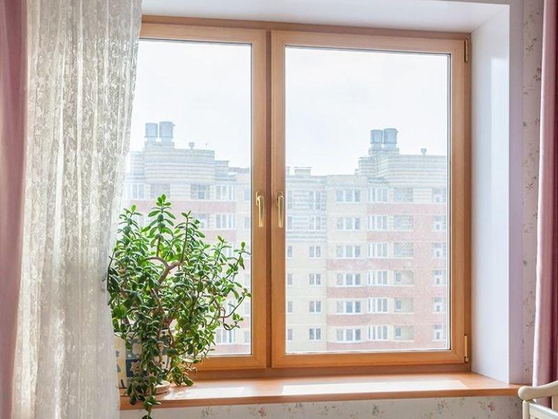 Остекление деревянными окнами