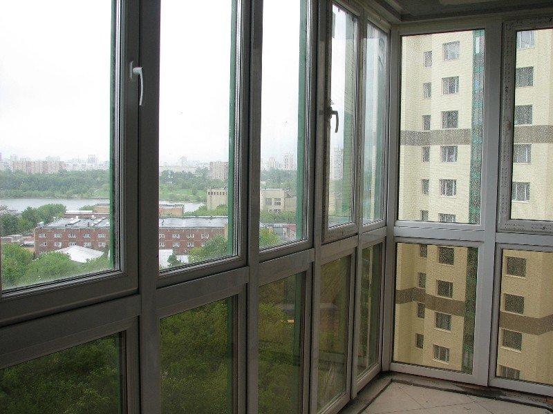 Остекление лоджий окнами от производителя