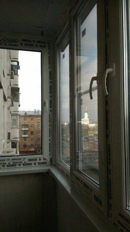 Остеклили балкон профилем рехау