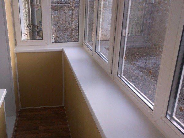 Остеклить балкон ПВХ профилем