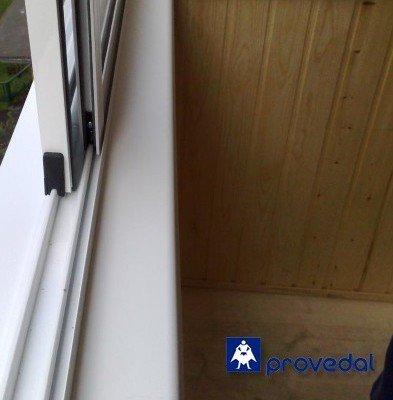 Остеклить балкон профилем Проведал