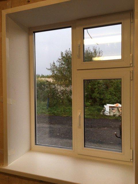 Пластиковые окна с форточкой на дачу
