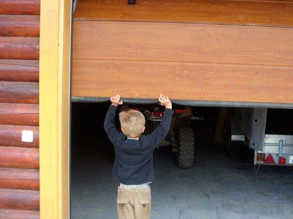 Ручное управление гаражнгыми воротами