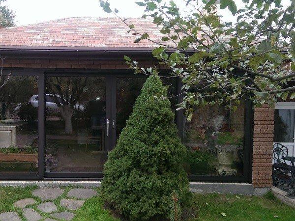 Алюминиевые раздвижные окна на дачу