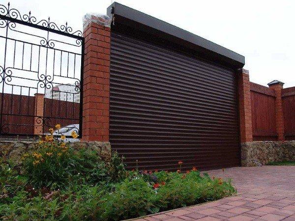 Автоматически открывающиеся въездные ворота
