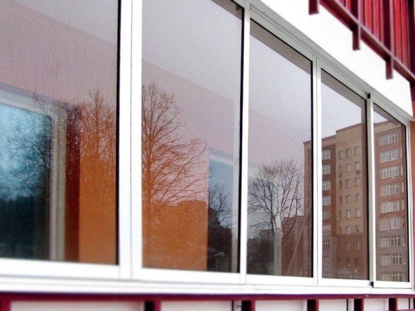 Холодное алюминиевое остекеление лоджии и балкона