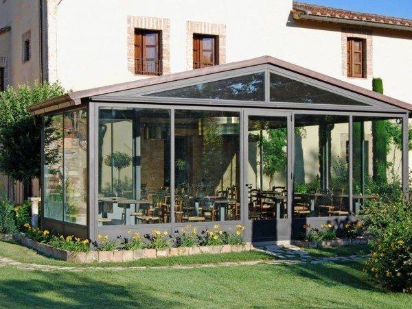Алюминиевые окна в веранду