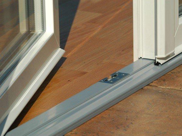 Алюминиевый порог для штульповой двери