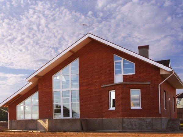 Окна ПВХ в кирпичный дом