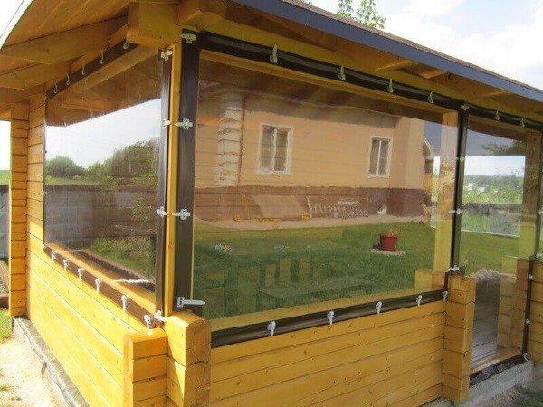 Окна для деревянных беседок из ПВХ
