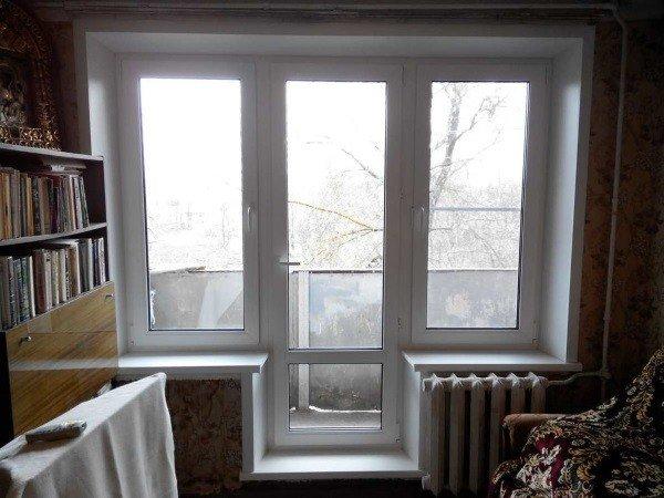 Окно чебурашка с балконной дверью пластиковое