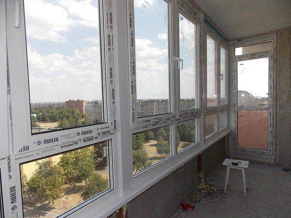 Немецкие пластиковые окна на балкон
