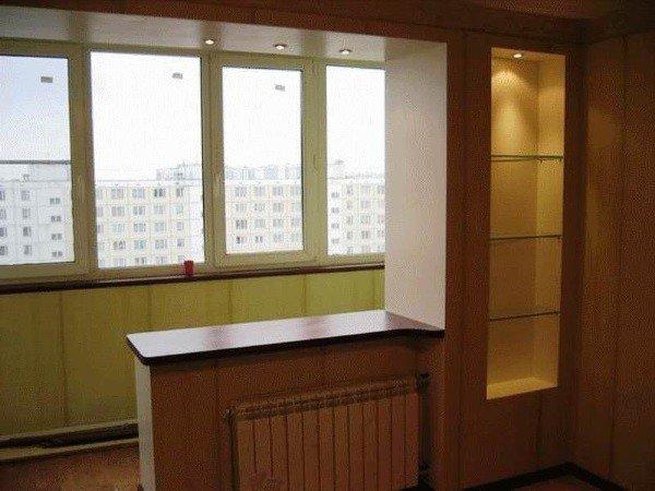Технические моменты объединения балкона с комнатой