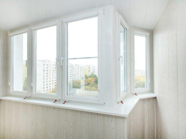 Заказать окна на балкон в Москве КБЕ
