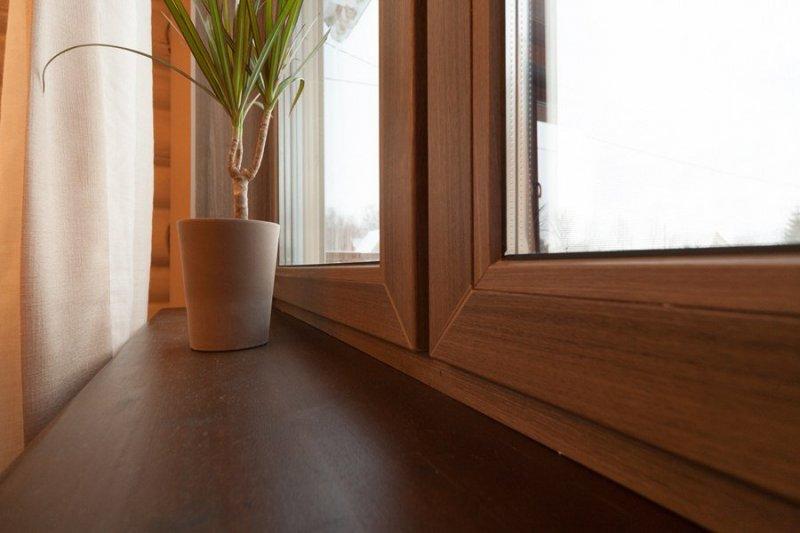 """Цветные окна """"Рехау"""" на балкон"""