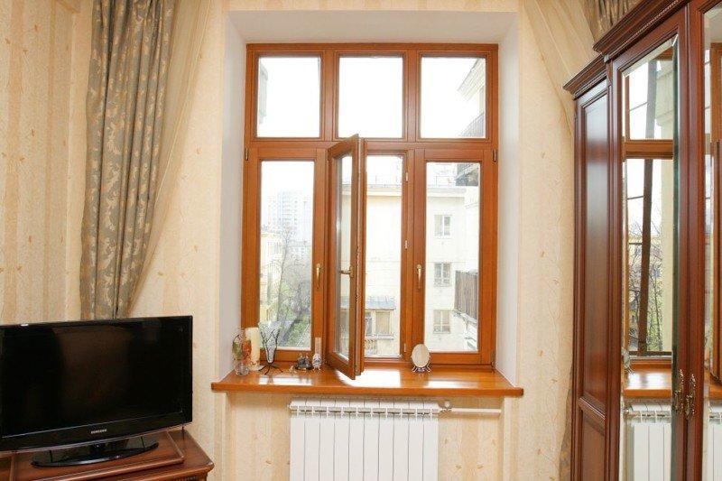 остекление квартиры деревянными окнами