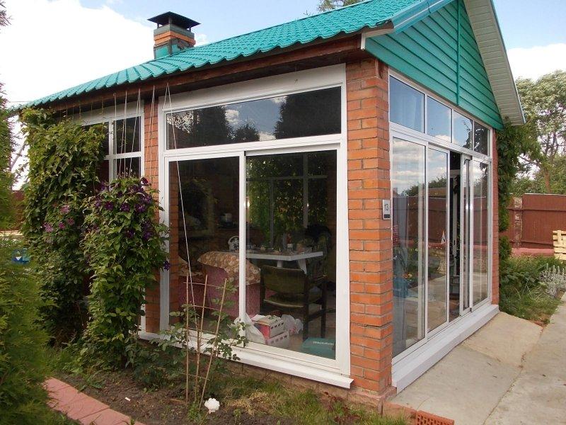 Дешёвые раздвижные окна для веранды