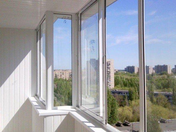 Холодное остекление балкона под ключ