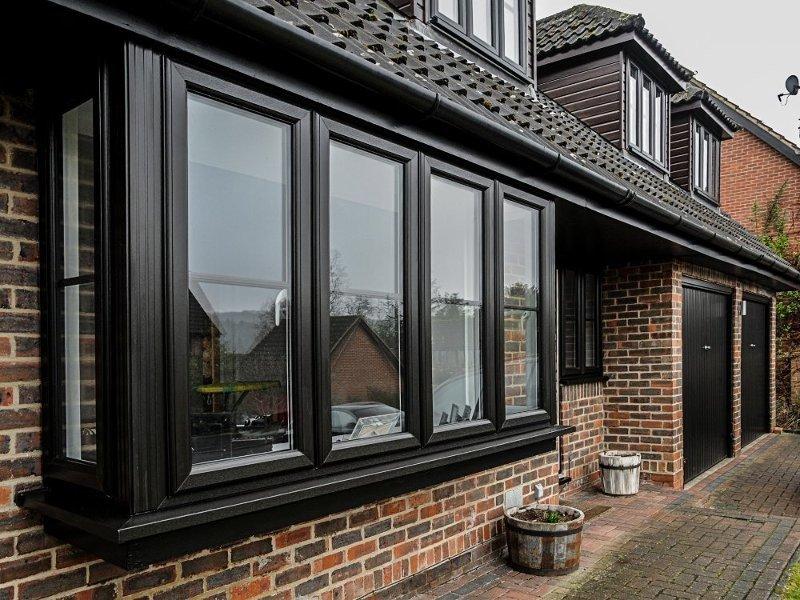 Современные окна для дома и квартиры