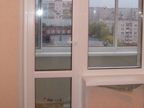балконные двери сэндвич