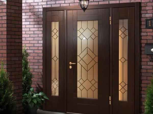 Ворота автоматические рулонныевходная дверь со стеклопакетом