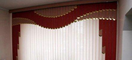 Мультифактурные вертикальные жалюзи в спальню