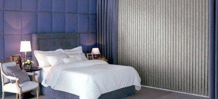 Вертикальные тканевые жалюзи в спальню