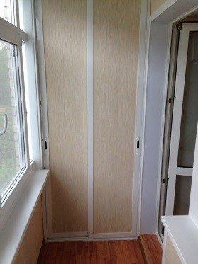 Шкаф на балкон створки из алюминиевого профиля