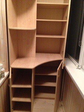 Шкаф на лоджию корпусный распашной