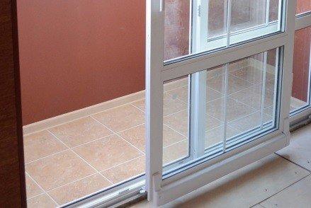 Дверь балконная портальная
