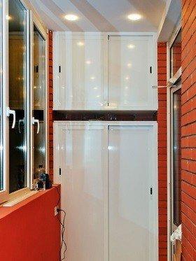 Раздвижной шкаф на балкон