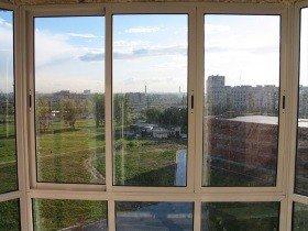Французское остекление балконов алюминиевыми окнами
