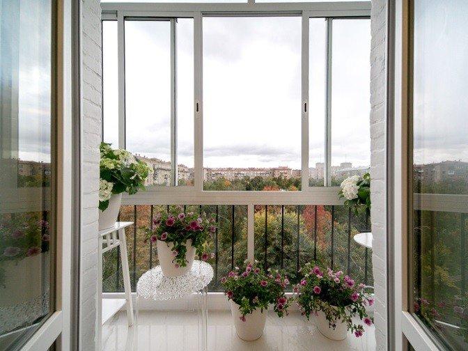Французское остекление балкона по ГОСТ