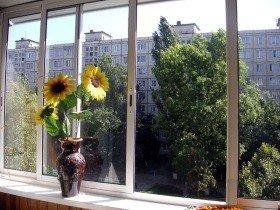 Окно алюминиевое на балкон раздвижное