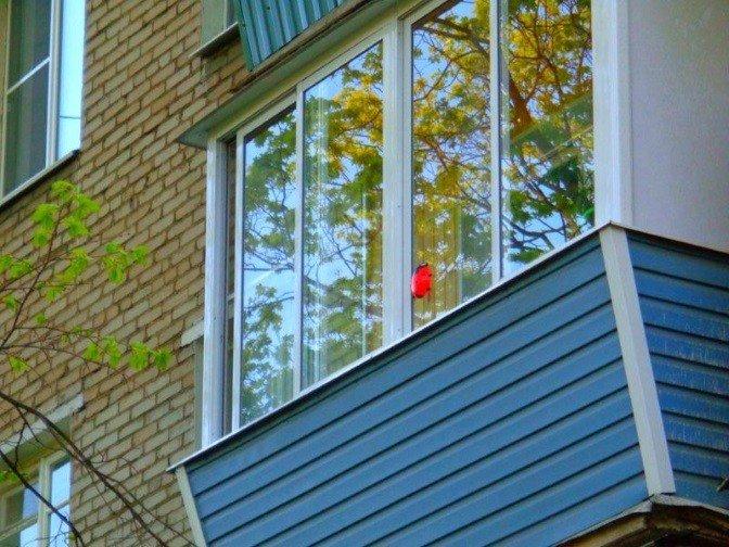 Остекление балкона с выносом по ГОСТ