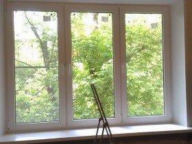 Пластиковое окно в хрущевке кирпичной
