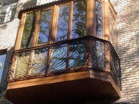 Французские окна на балкон кованый парапет