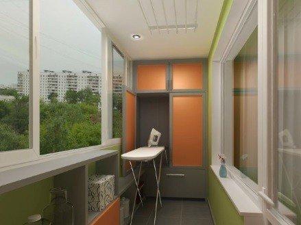Классическое остекление балконов окнами