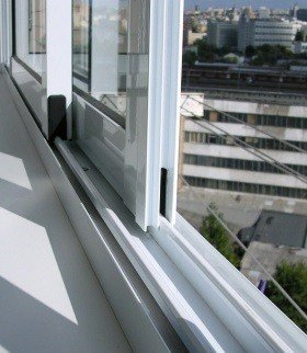Раздвижные створки на балкон