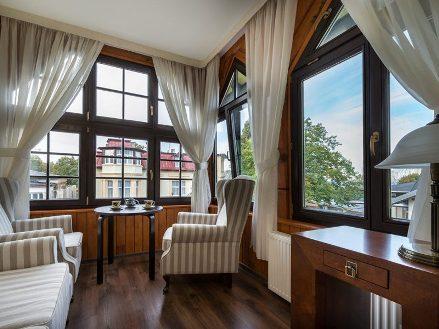 Цена на окна в квартиру деревянные