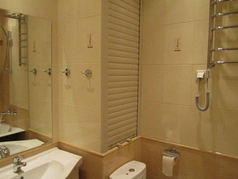 Сантехнические рольставни в санузел и ванную