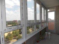 Цены на остекление пластиковыми окнами Рехау