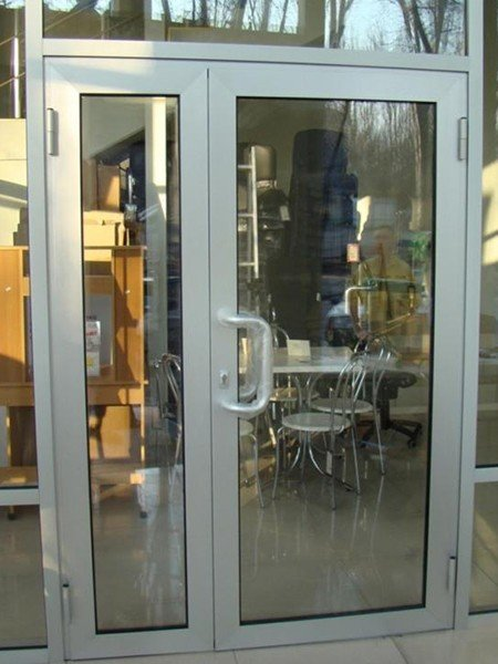 Алюминиевые двери в Москве премиум