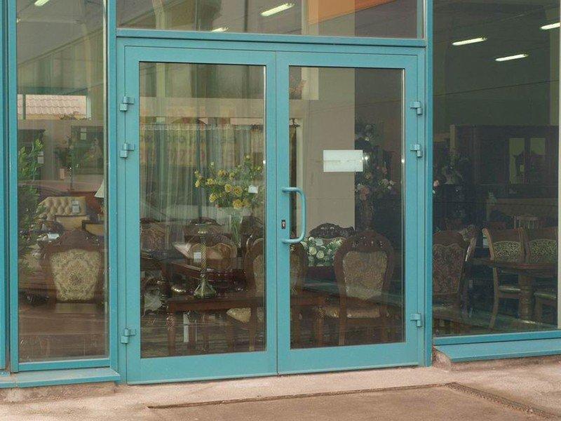 двери входные из алюминиевого профиля под ключ