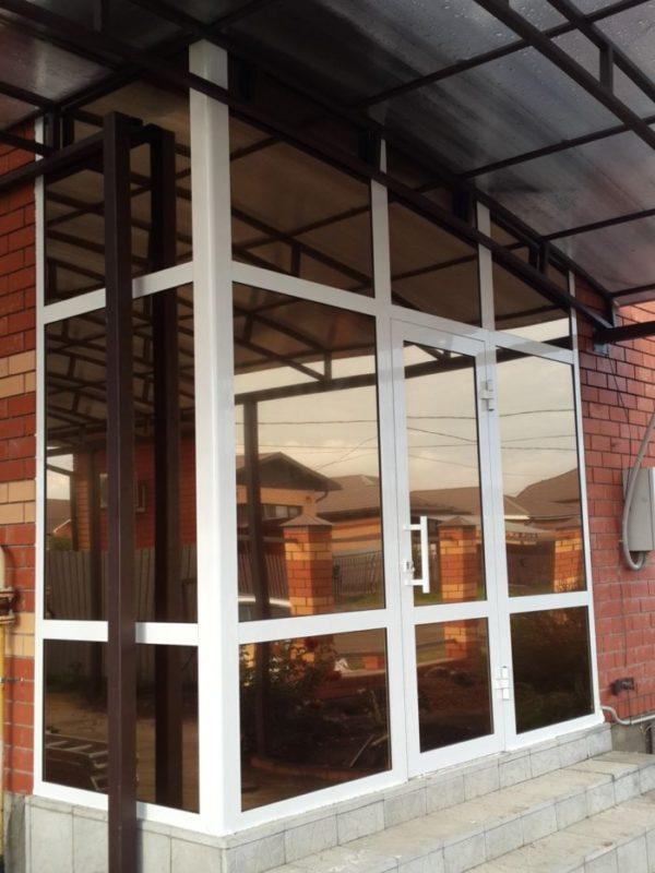 Цена на входные двери со стеклом премиум